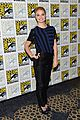 sophie lowe once upon a time in wonderland at comic con 05