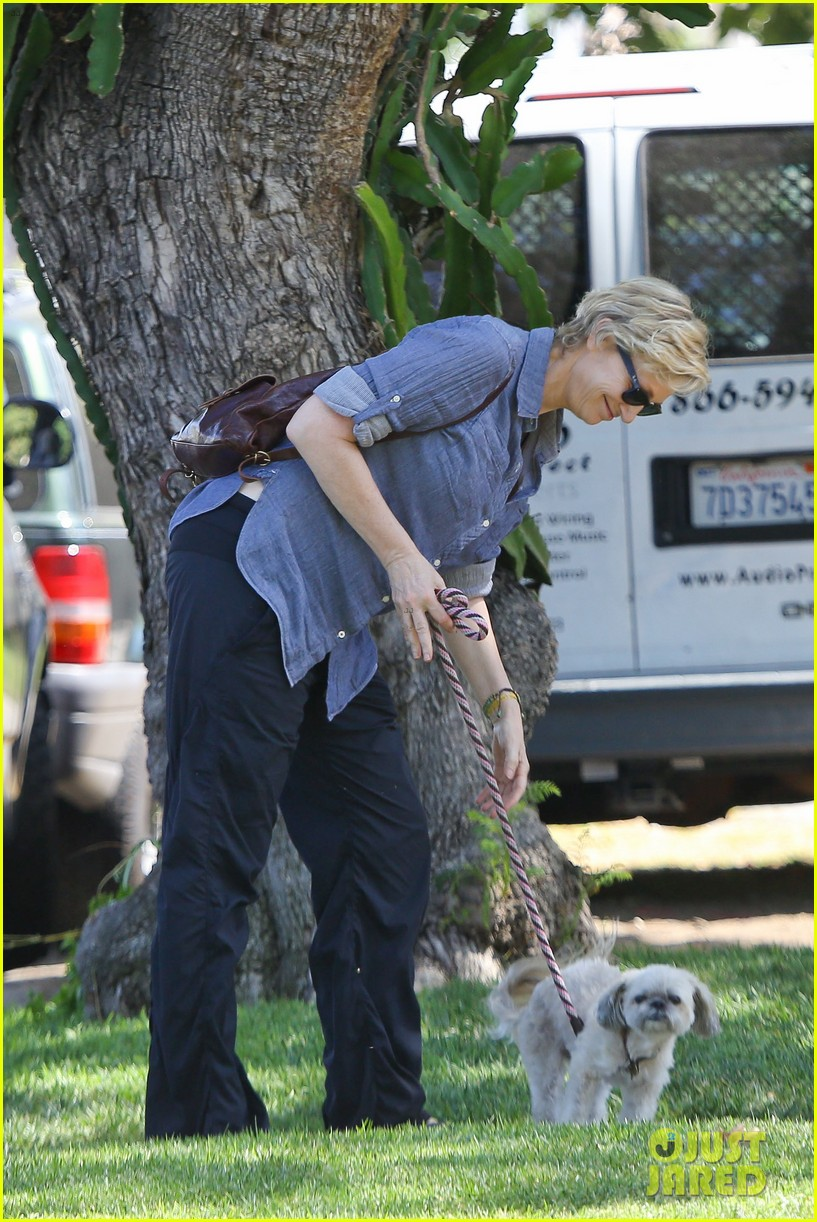 jane lynch cory monteith memorial was beautiful 04