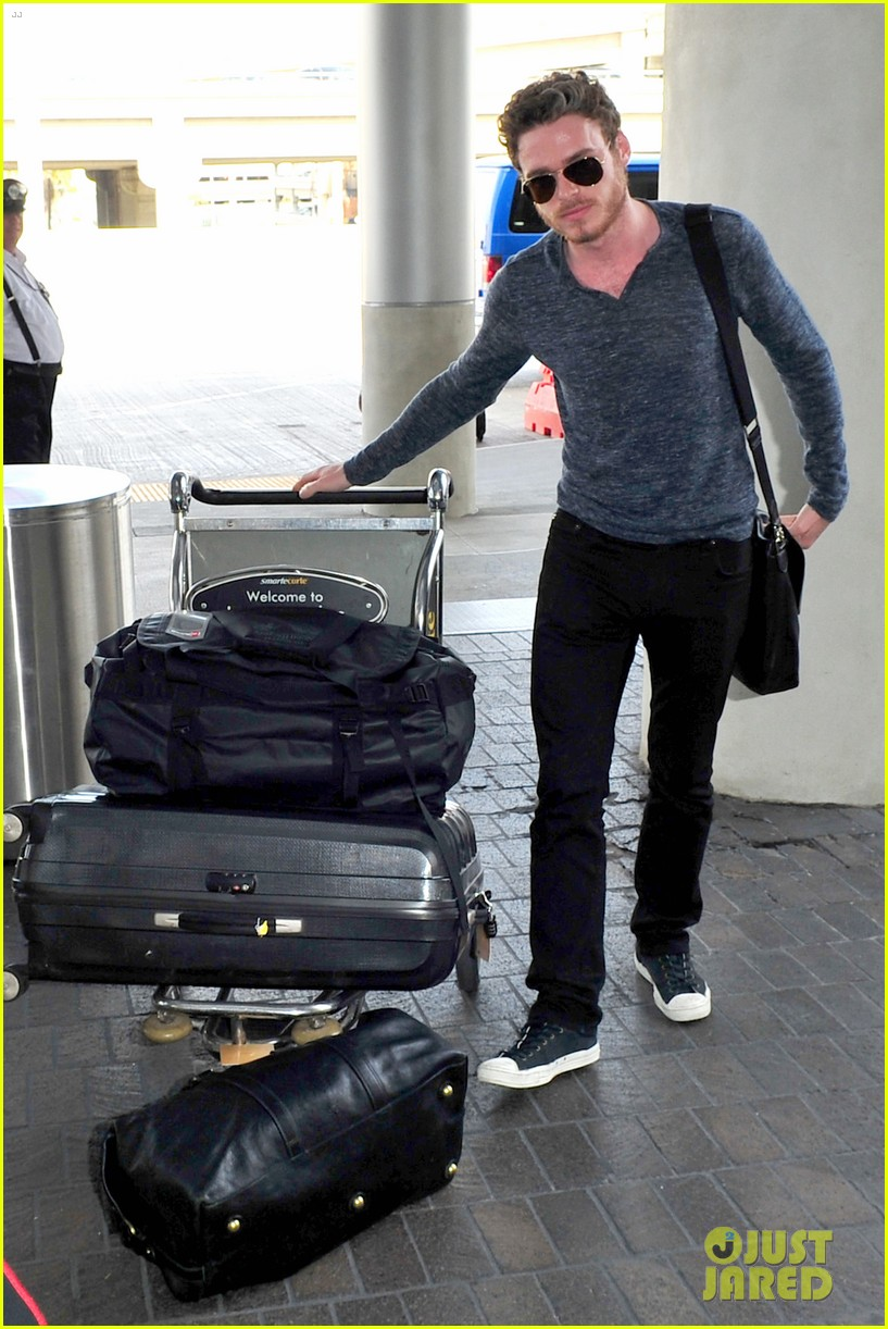 richard madden jenna coleman lots of luggage at lax 02