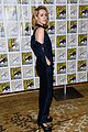 jena malone lenny kravitz catching fire comic con panel 16