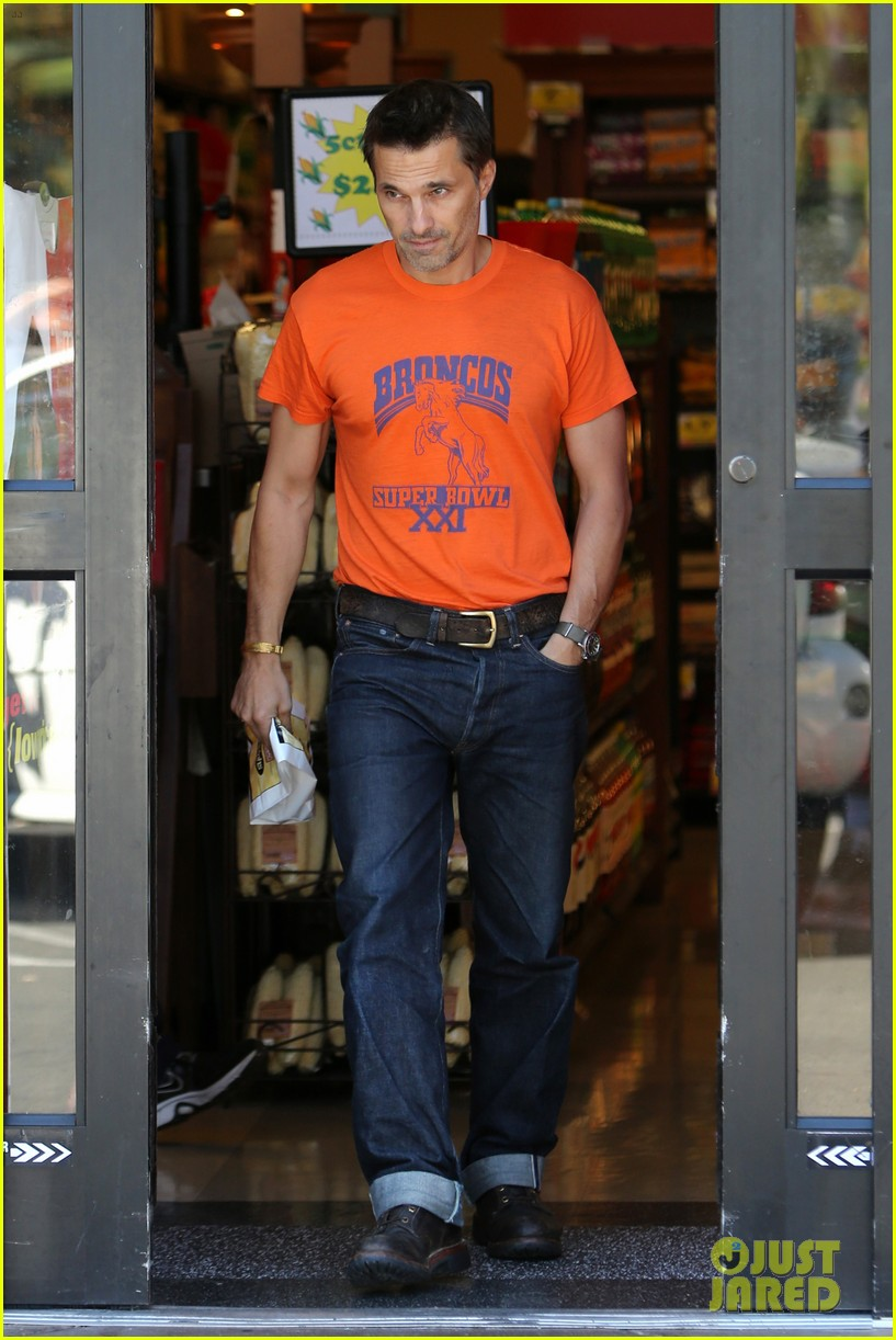 olivier martinez grocery shopping after french wedding 07