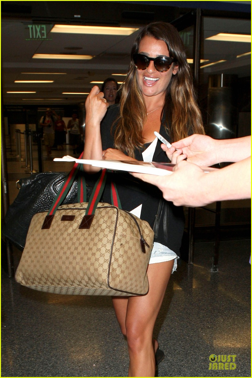lea michele lax arrival after bikini clad vacation 02