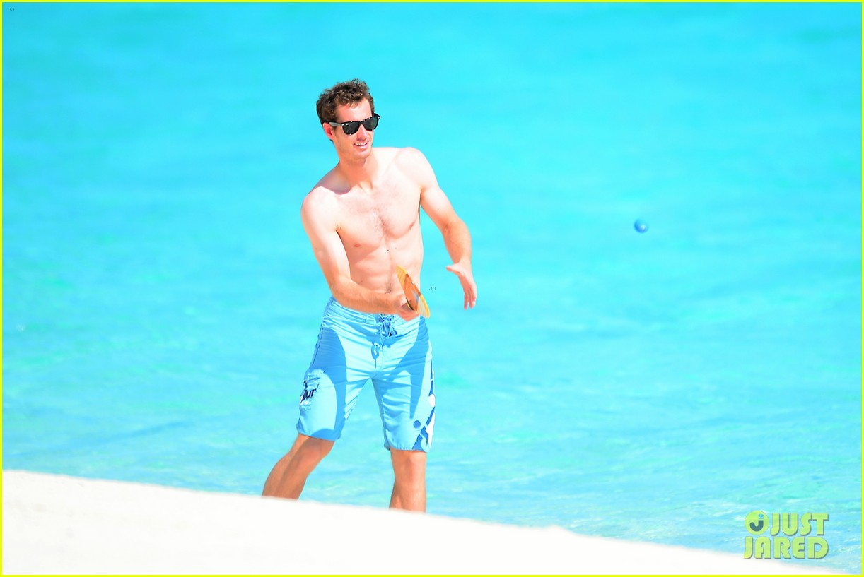 shirtless andy murray ibiza beach besos with kim sears 262909842