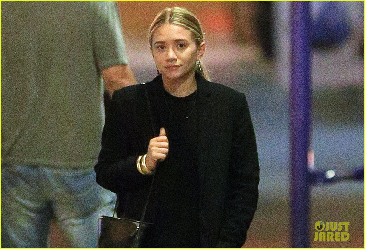 mary kate ashley olsen celebrity stylist criticizes fashion line 012910253