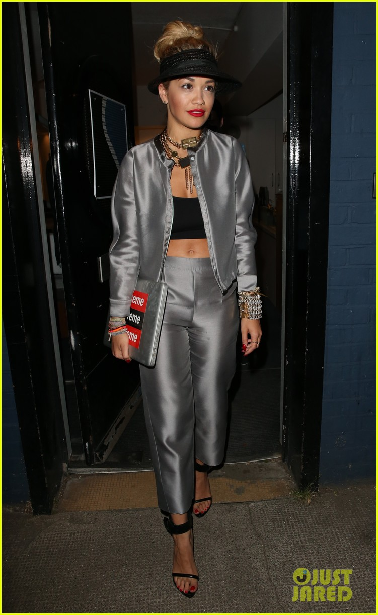 rita ora werkin it in the studio 08