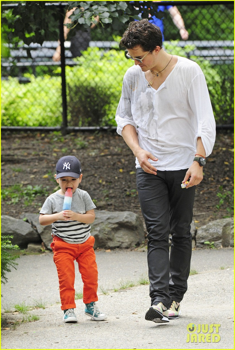 orlando bloom takes flynn to central park miranda kerr hits jfk 01