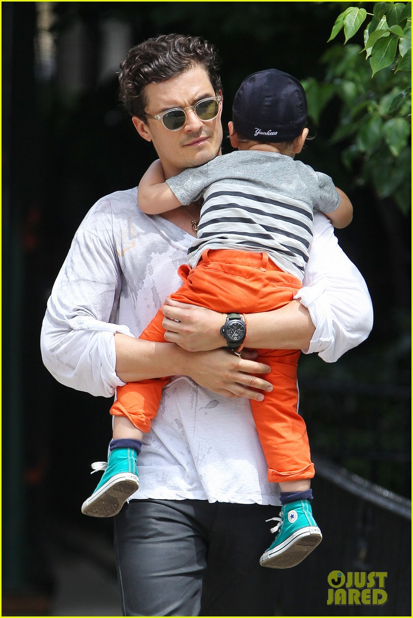 orlando bloom takes flynn to central park miranda kerr hits jfk 20
