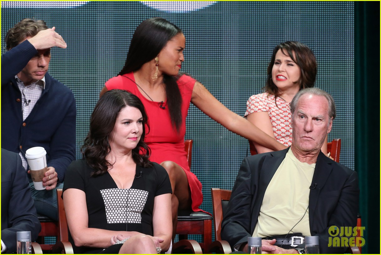 parenthood cast talks season 5 at nbc tca tour panel 162918347
