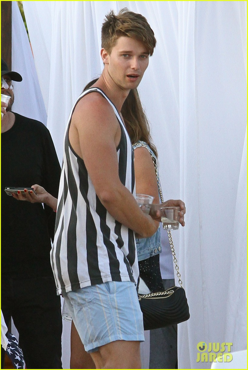 patrick schwarzenegger taylor burns paris hiltons july 4 party 17