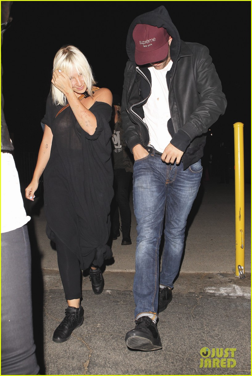 robert pattinson sia jay z and justin timberlake concert 05