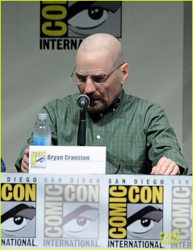 aaron paul bryan cranston breaking bad panel at comic con 07
