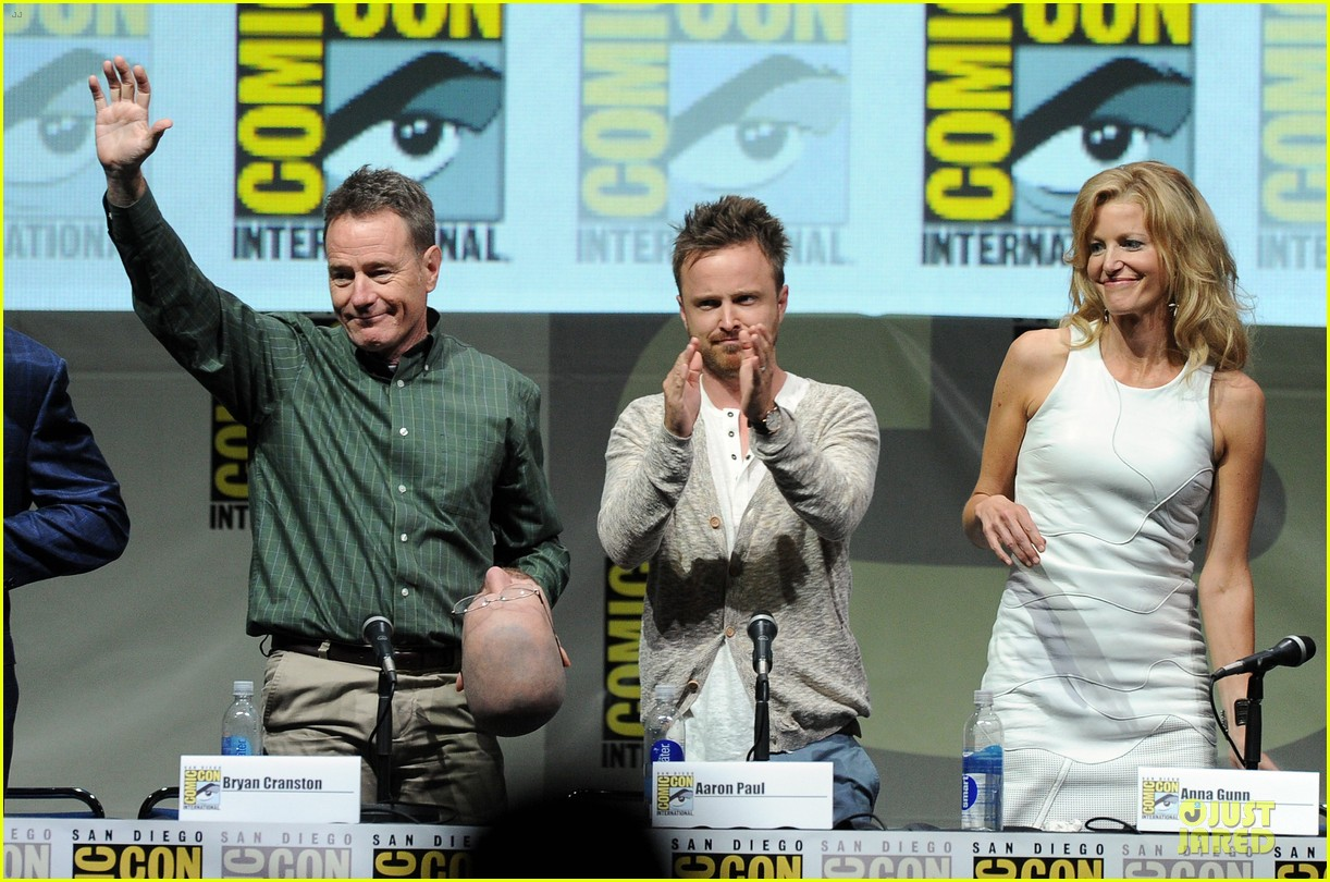 aaron paul bryan cranston breaking bad panel at comic con 20