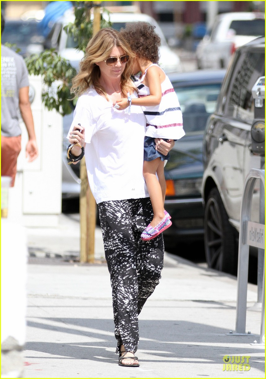 ellen pompeo showcases arm strength with stella 062917997