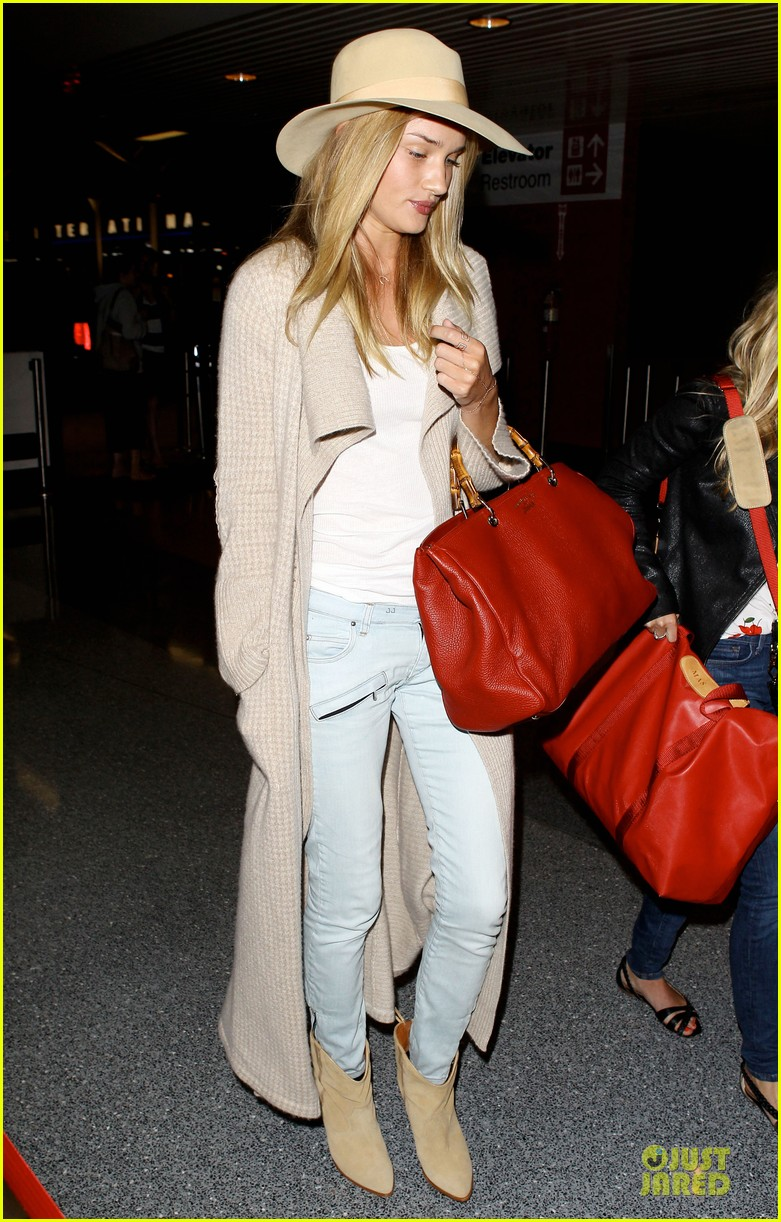 rosie huntington whiteley lax departure after jason statham lunch date 012905367