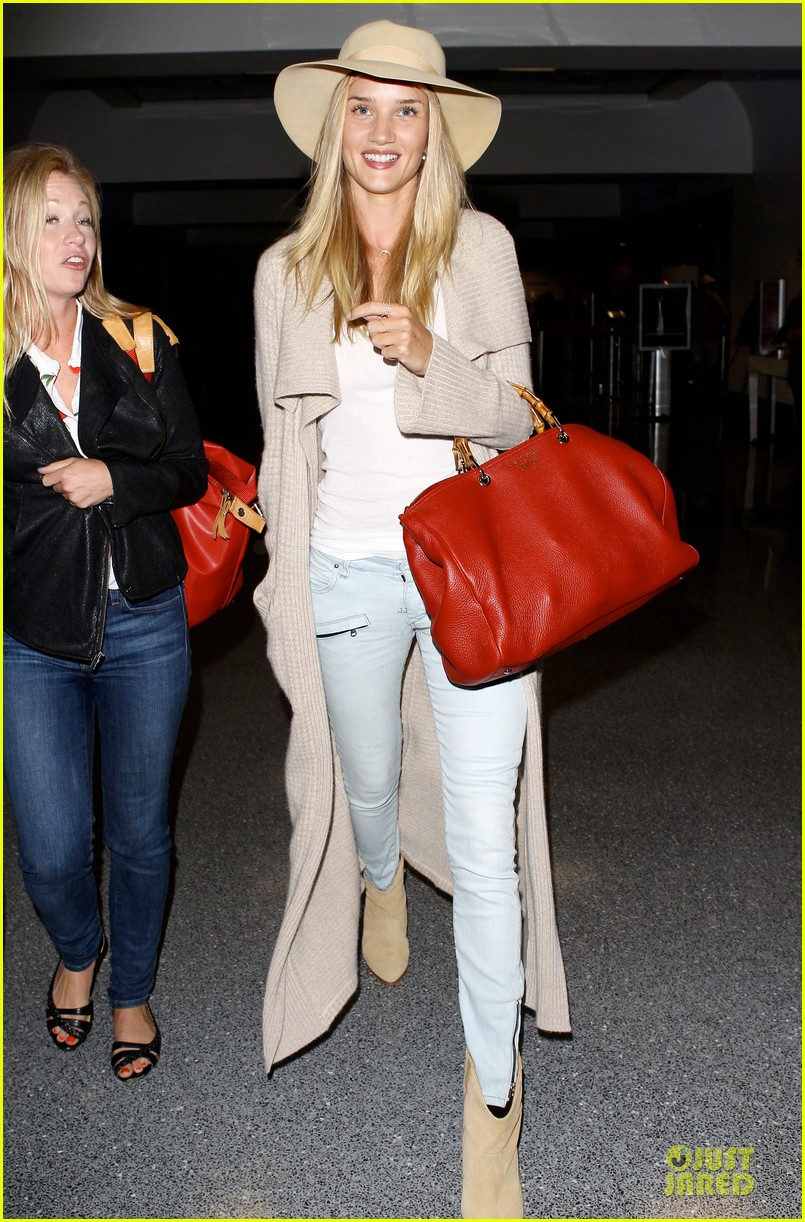 rosie huntington whiteley lax departure after jason statham lunch date 16
