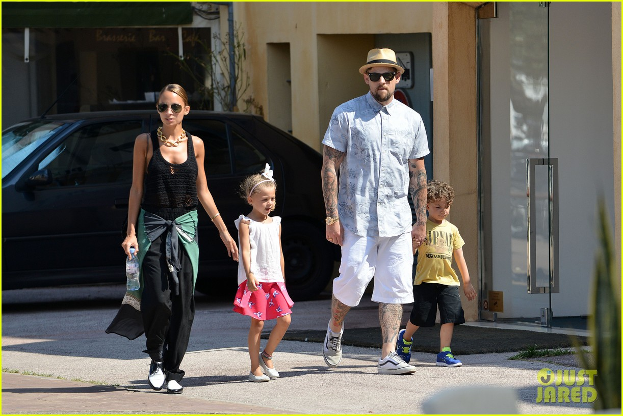nicole richie continues saint tropez family vacation 052915898