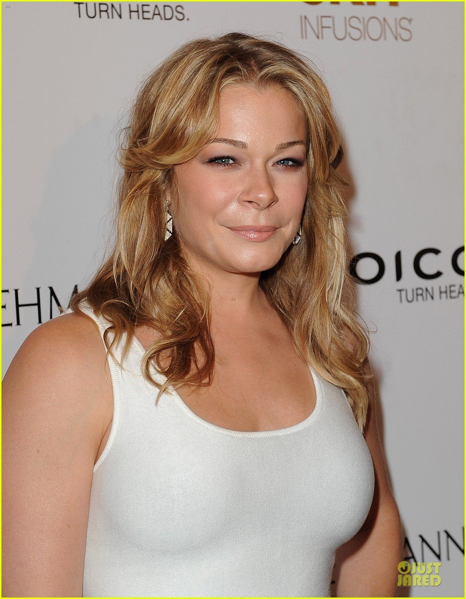 leann rimes friends movement anti bullying concert 042902376