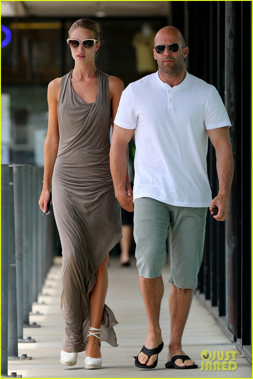 rosie huntington whiteley jason statham lunch lovers 13