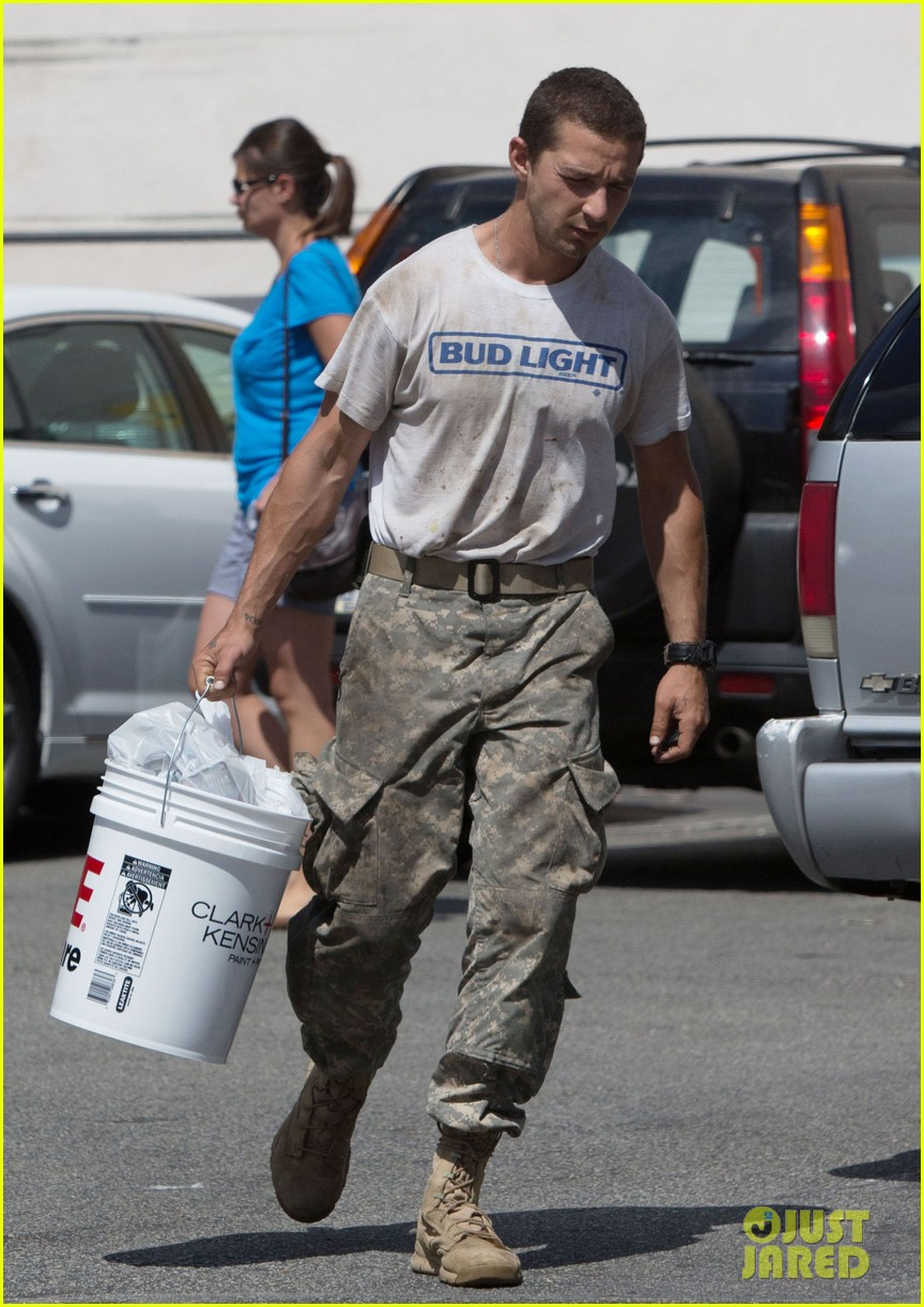 shia labeouf wears same outfit for third time in one week 03