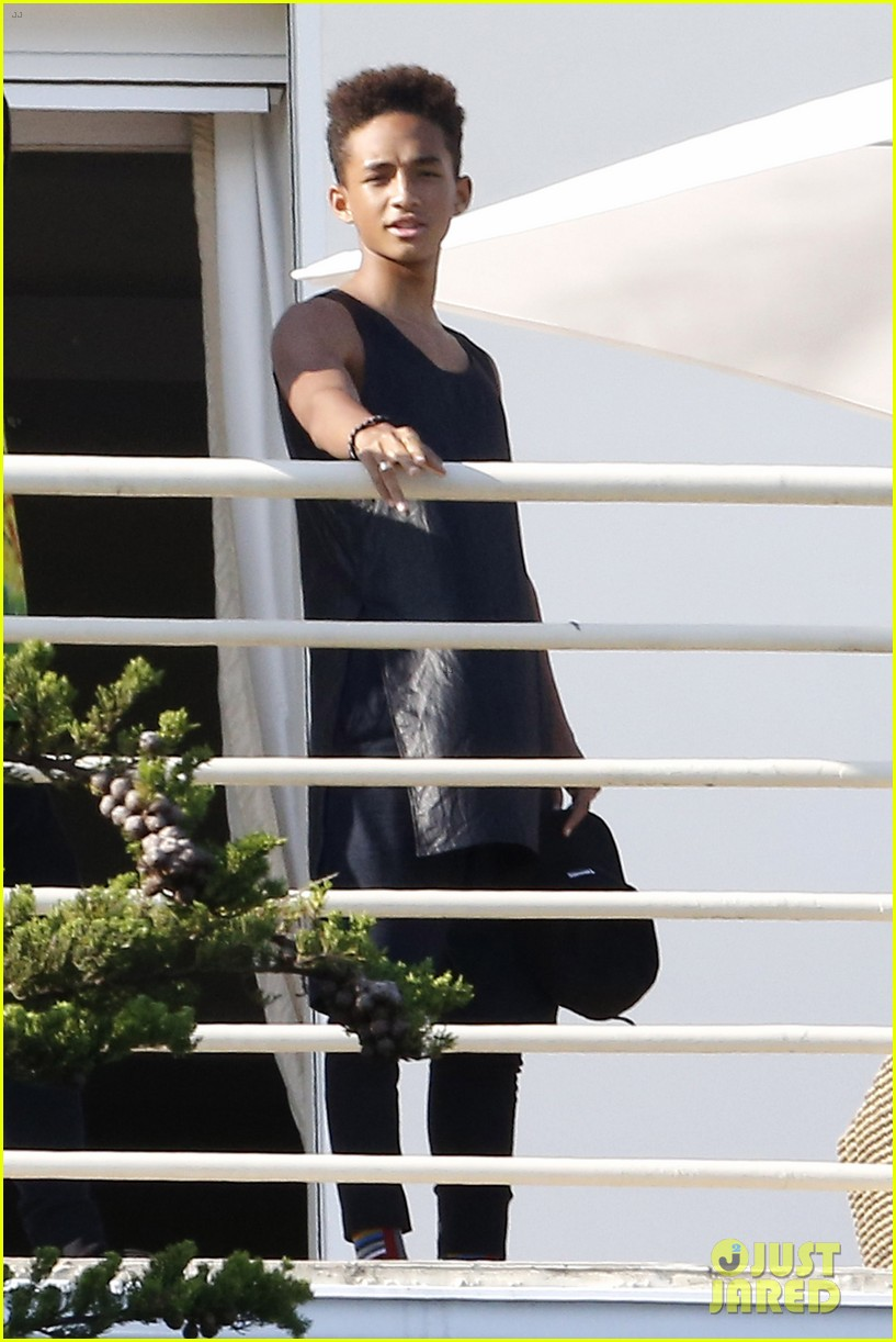 jaden smith celebrates 4th of july with kardashian family 292904239