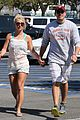 britney spears david lucado hold hands on fourth of july 01