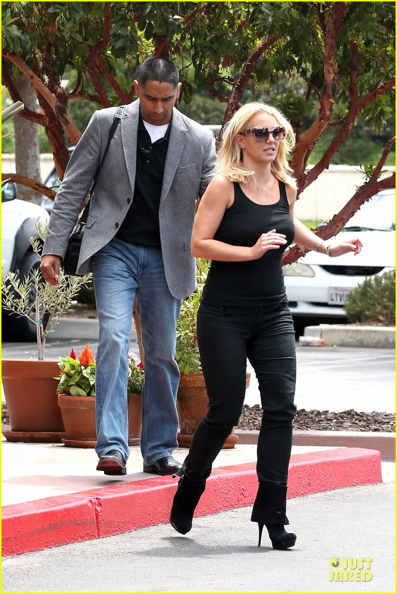 britney spears david lucado napa tavern lunch date 152914751