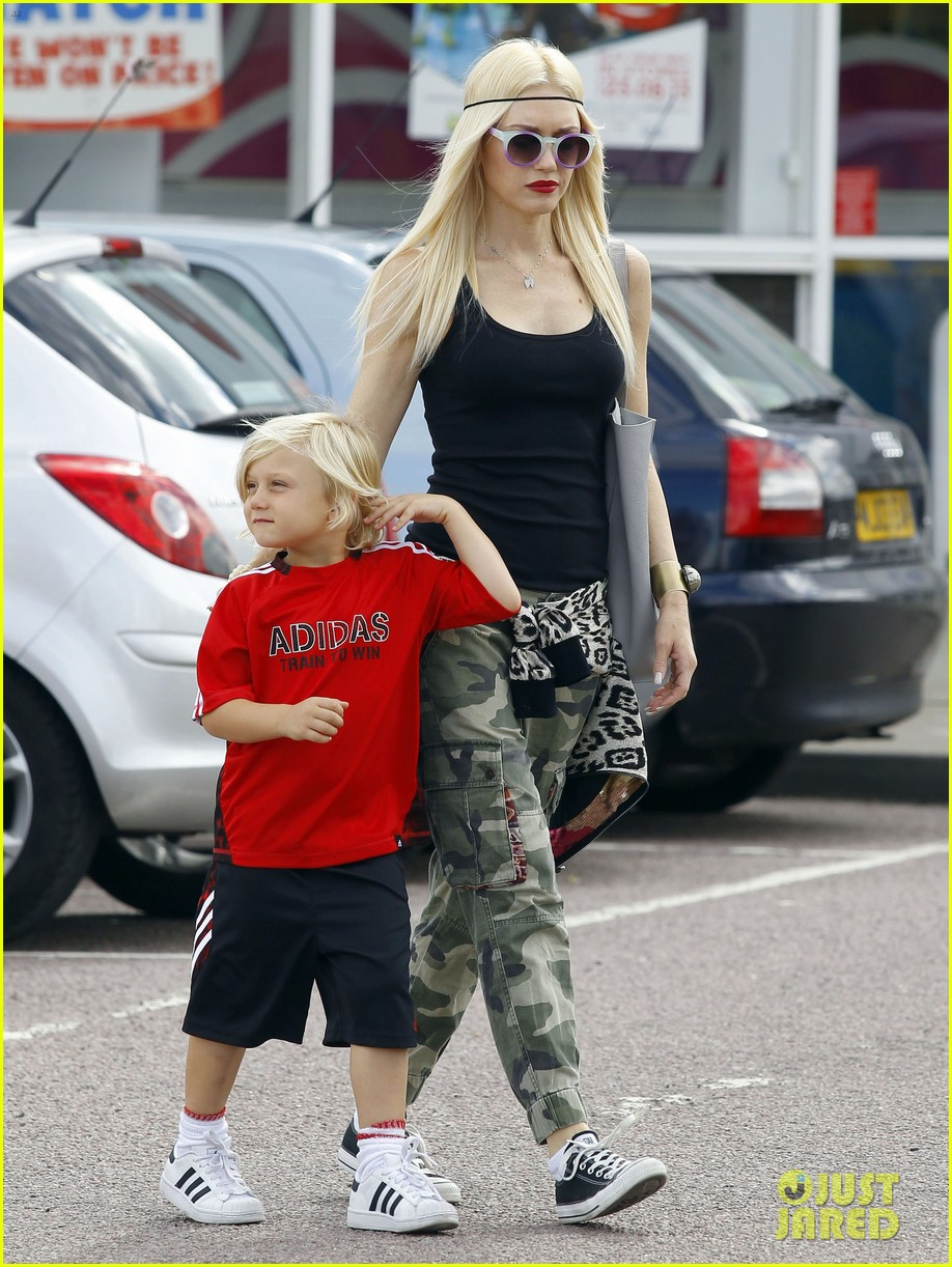 gwen stefani gavin rossdale roam london with the boys 05