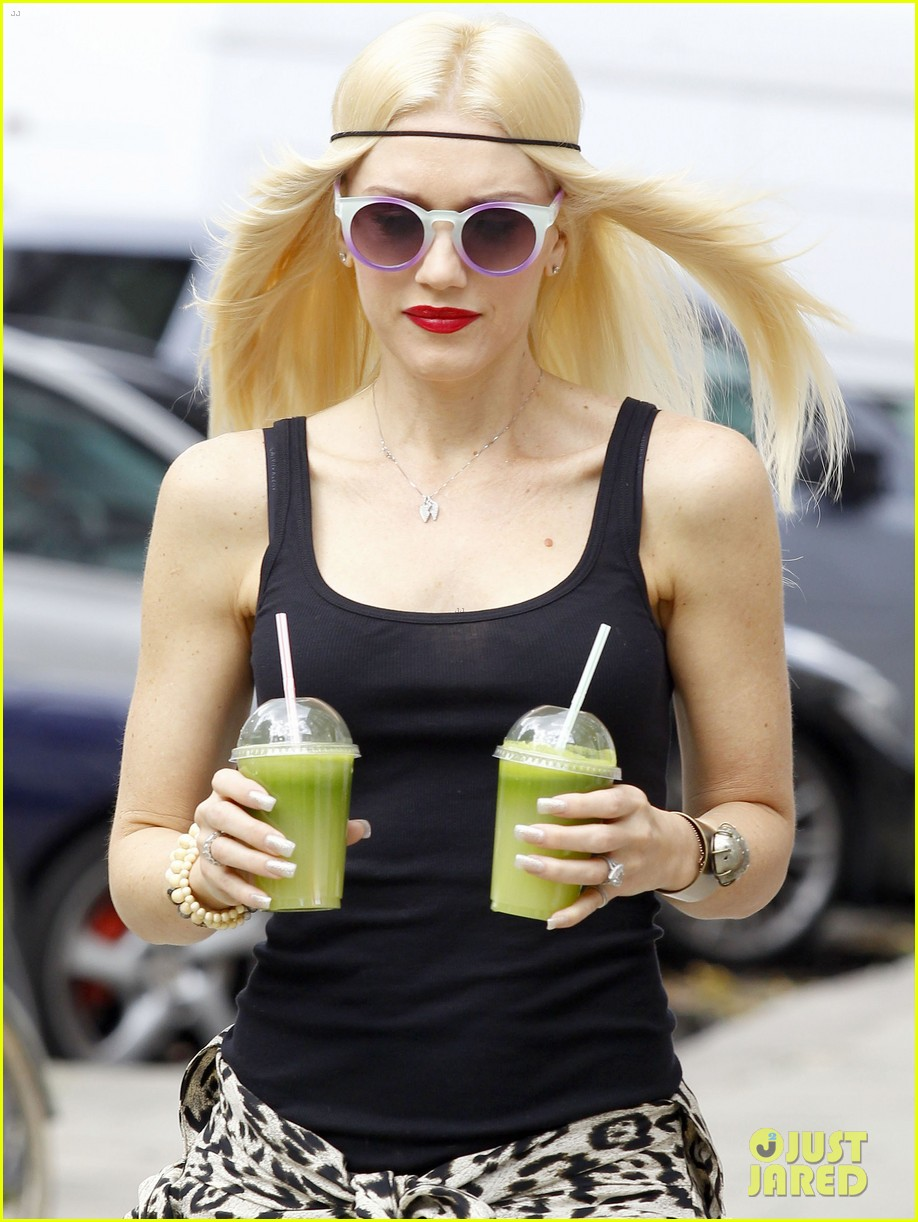 gwen stefani gavin rossdale roam london with the boys 172919438