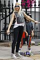 gwen stefani gavin rossdale roam london with the boys 12