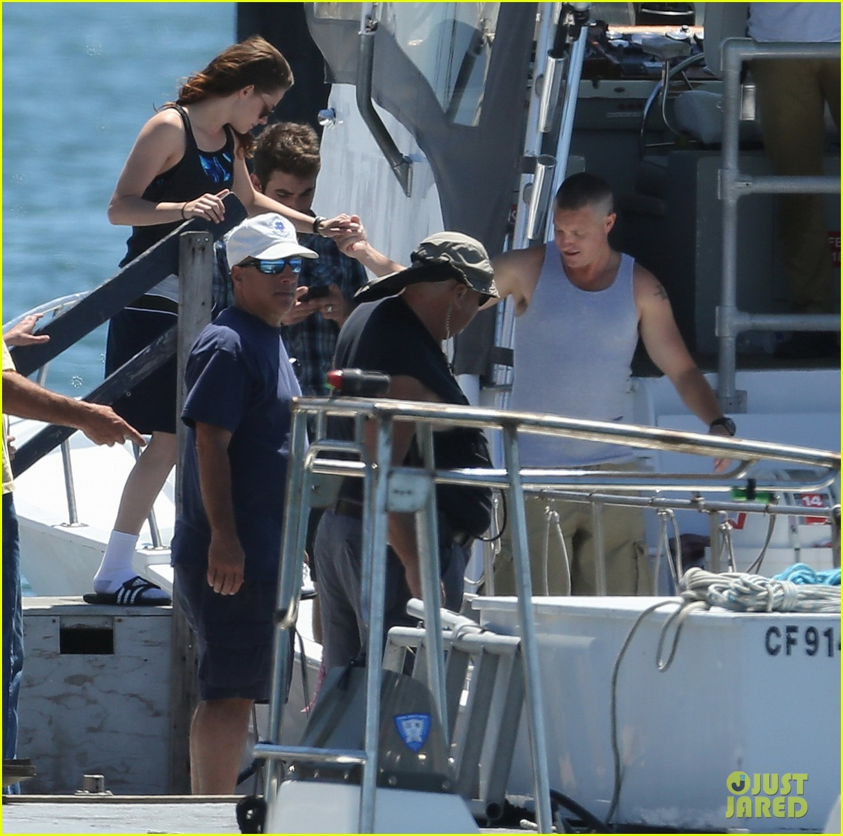 kristen stewart begins filming x ray camp 01