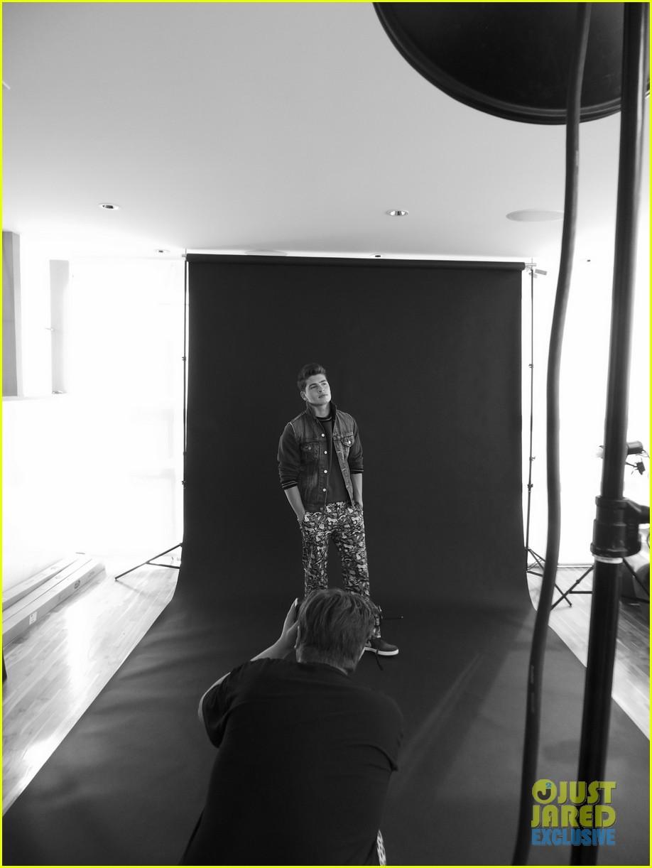gregg sulkin jj spotlight of the week exclusive behind the scenes pics 05