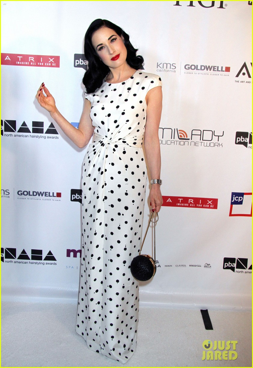 dita von teese mario lopez north american hairstyling awards 03