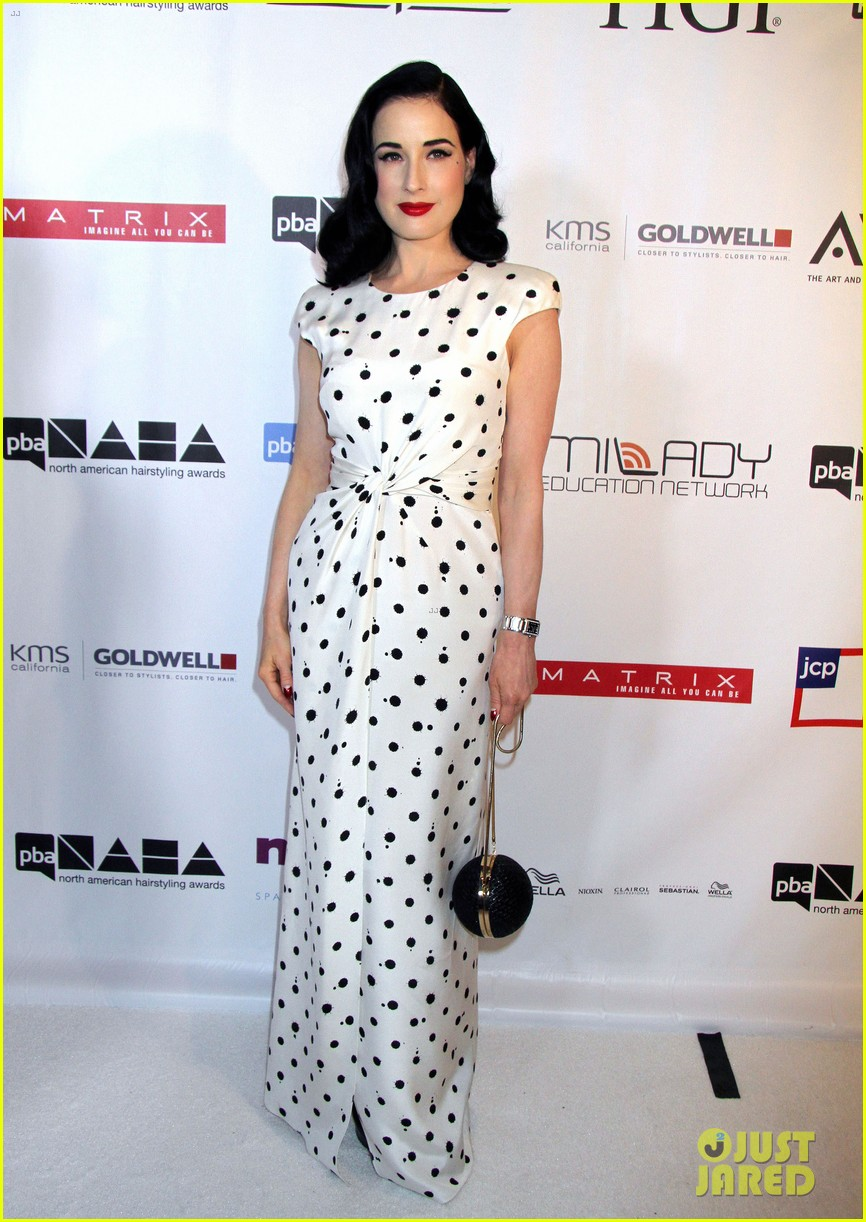dita von teese mario lopez north american hairstyling awards 10