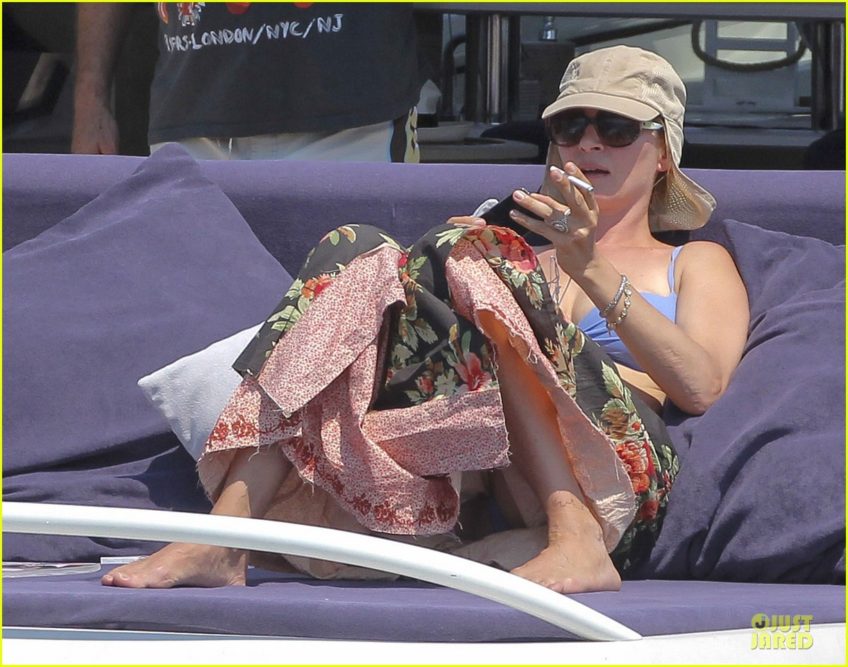 uma thurman bikini music boat ride 162906215