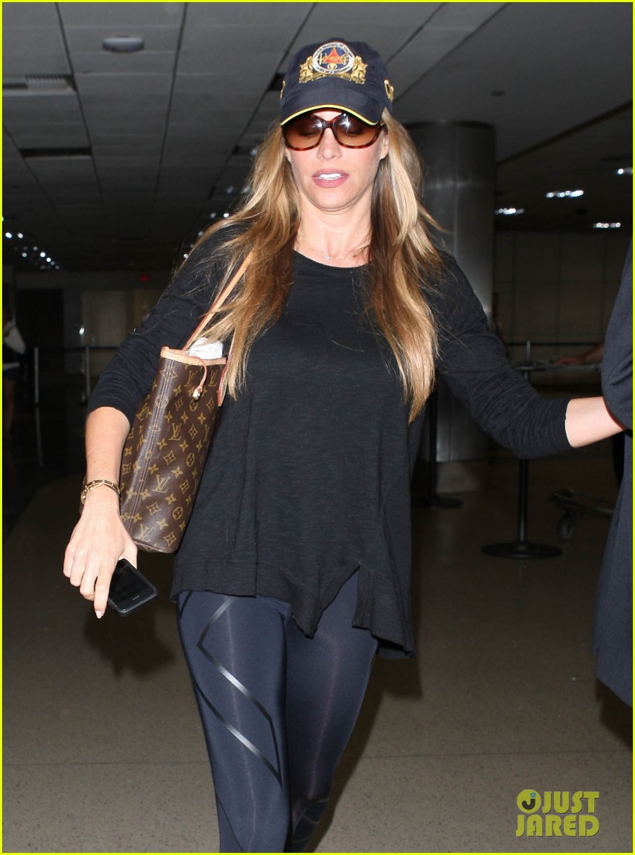 sofia vergara says goodbye to vacation hello to work 022917315