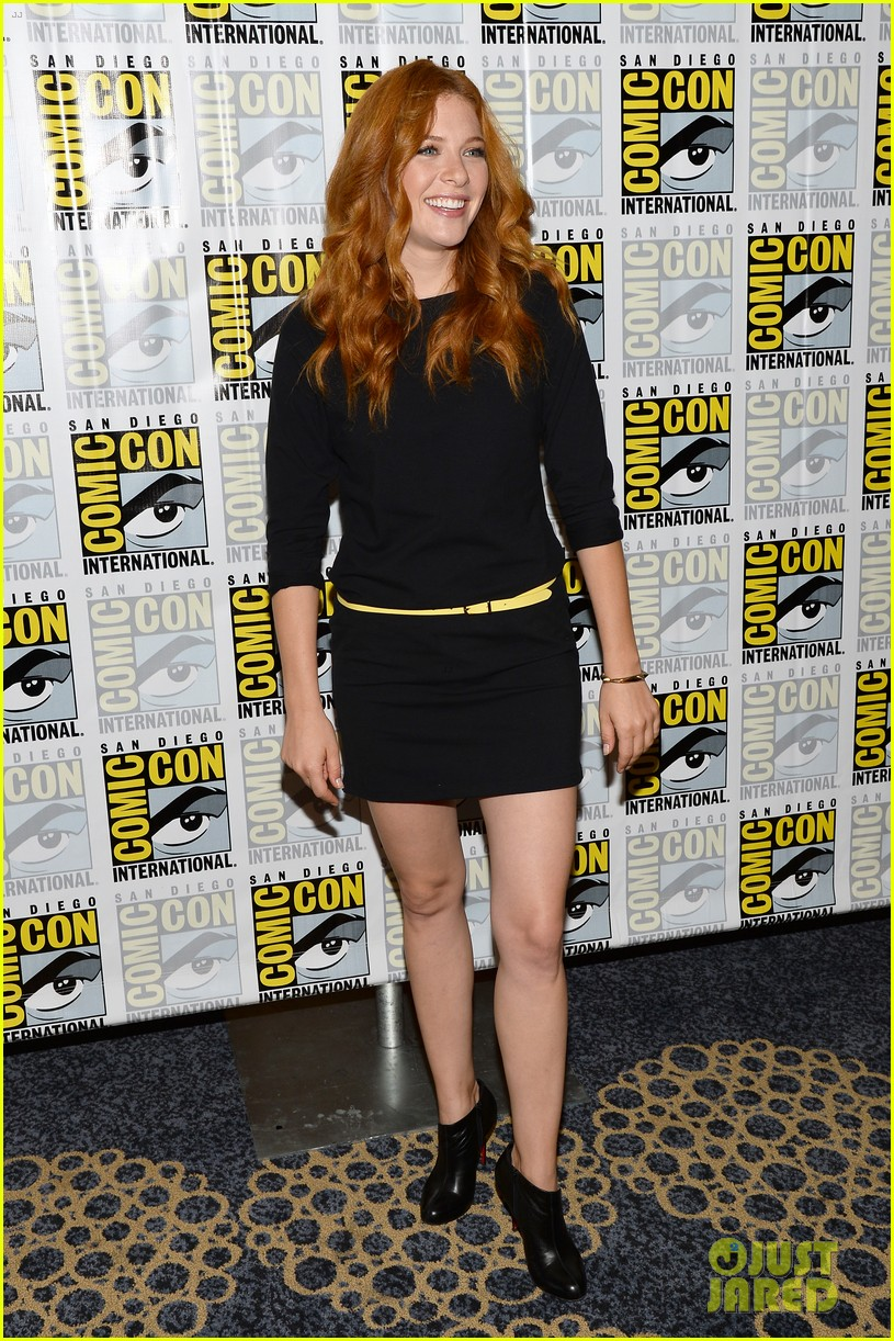 mike vogel rachelle lefevre under the dome at comic con 14