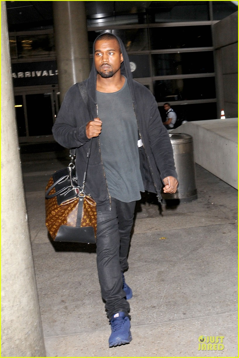kanye west felony suspect after lax photographer scuffle 152912596