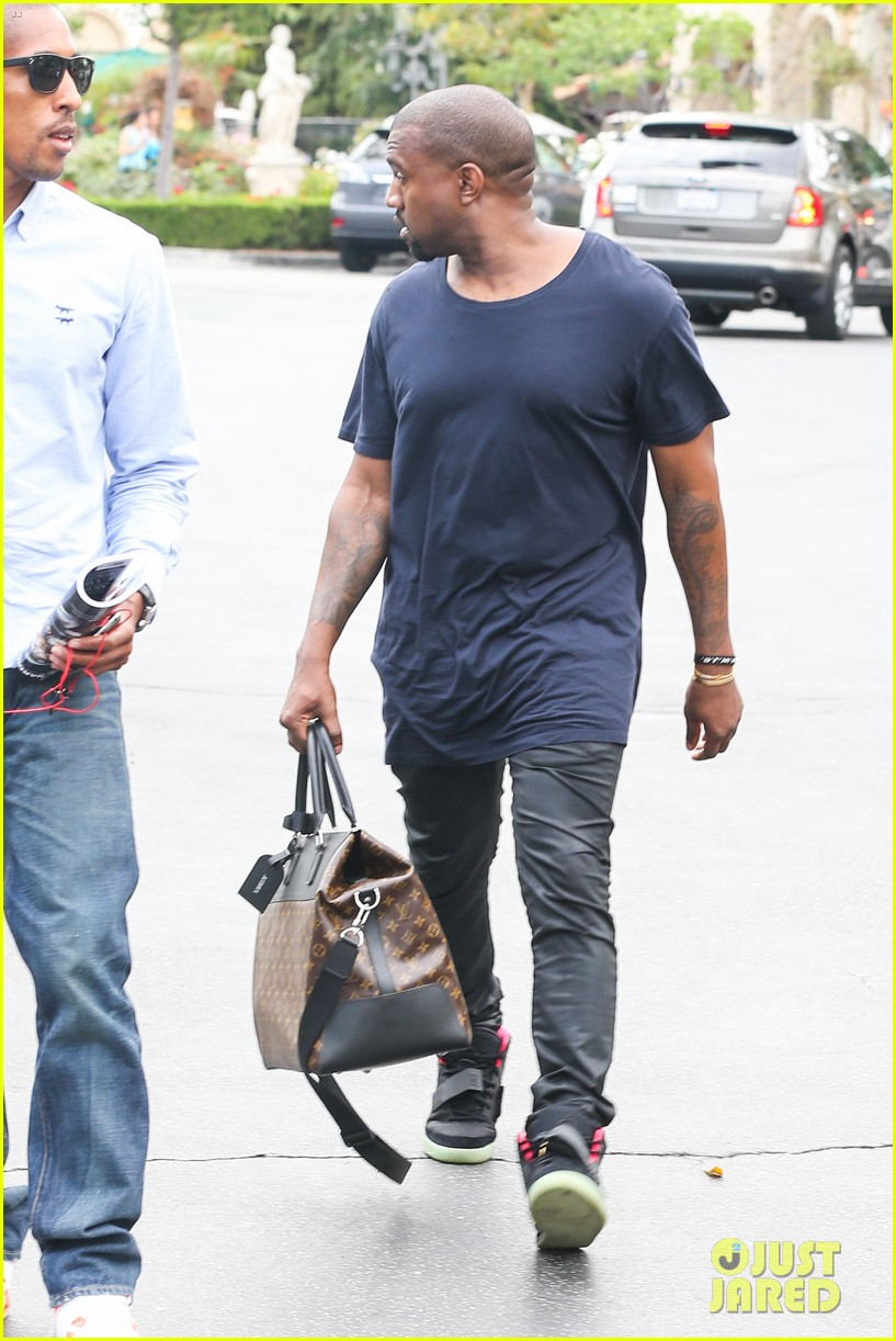 kanye west steps out solo after turning down north photo deal 082903348