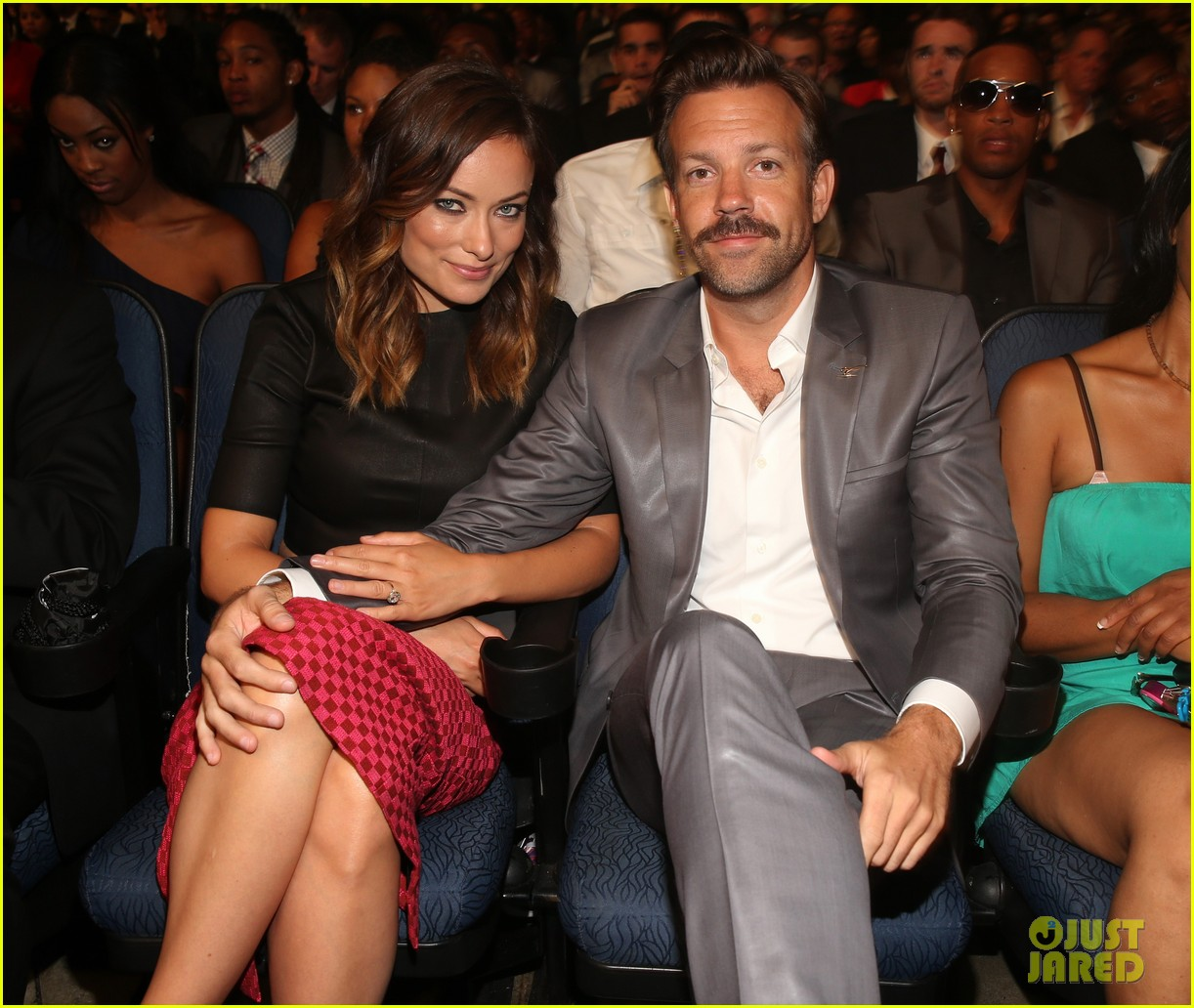 jason sudeikis olivia wilde has made out with more chicks than i have 05