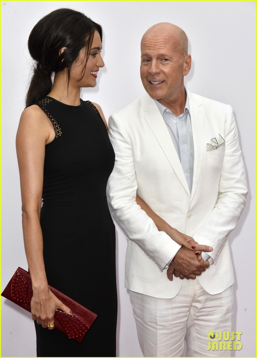 catherine zeta jones bruce willis red 2 premiere 202908188