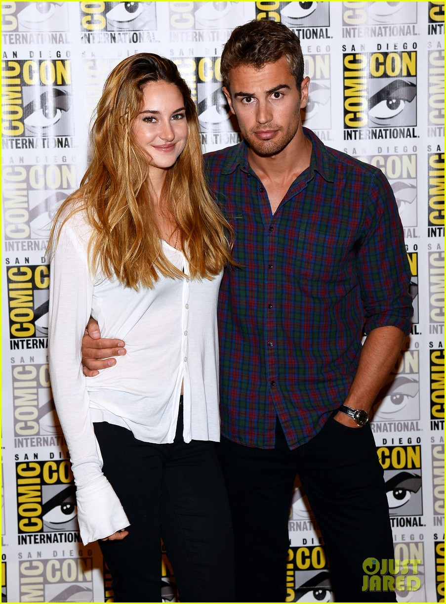 shailene woodley theo james divergent comic con panel 08