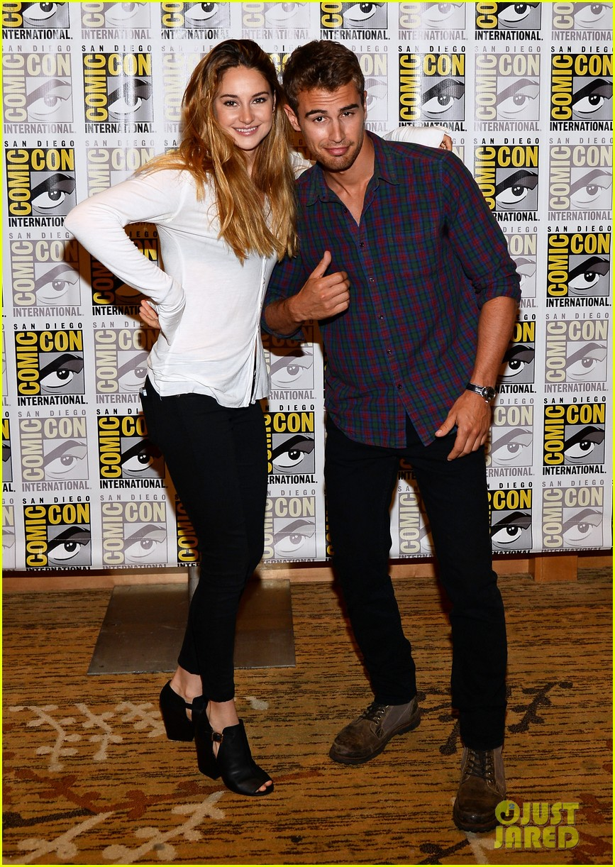 shailene woodley theo james divergent comic con panel 09