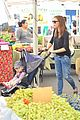 ben affleck jennifer garner family farmers market trip 22