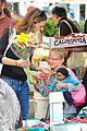 ben affleck jennifer garner family farmers market trip 29