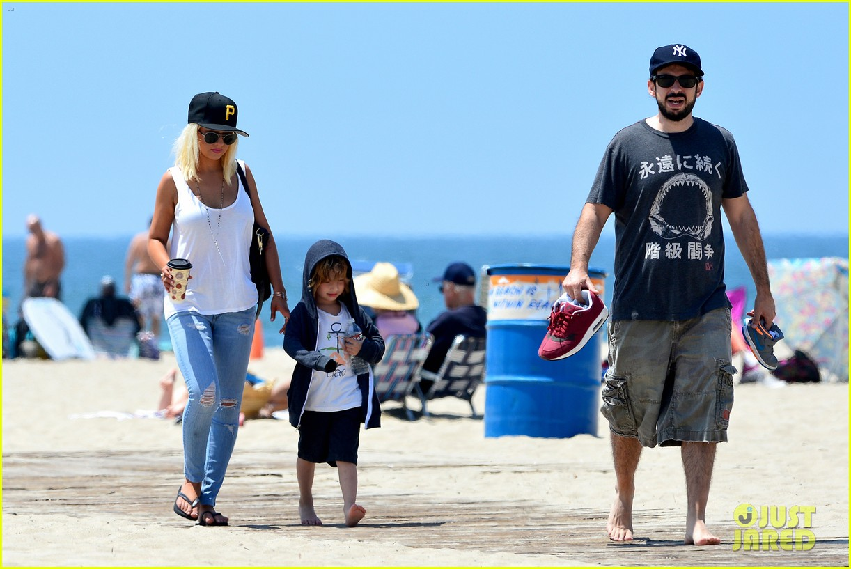 christina aguilera hits the beach with jordan bratman max 30