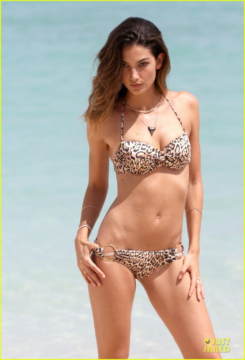 lily aldridge sexy bikini babe in st barts 242930309