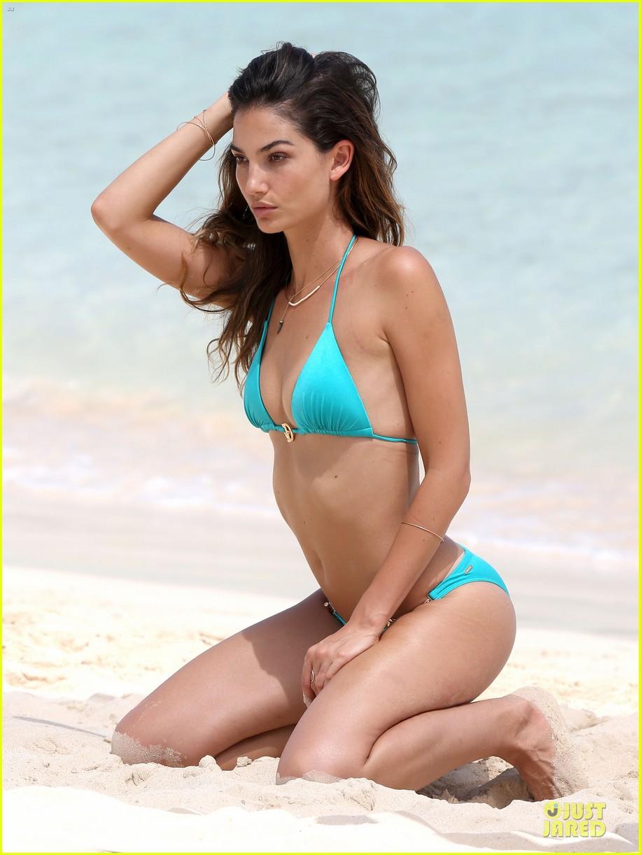 lily aldridge sexy bikini babe in st barts 34