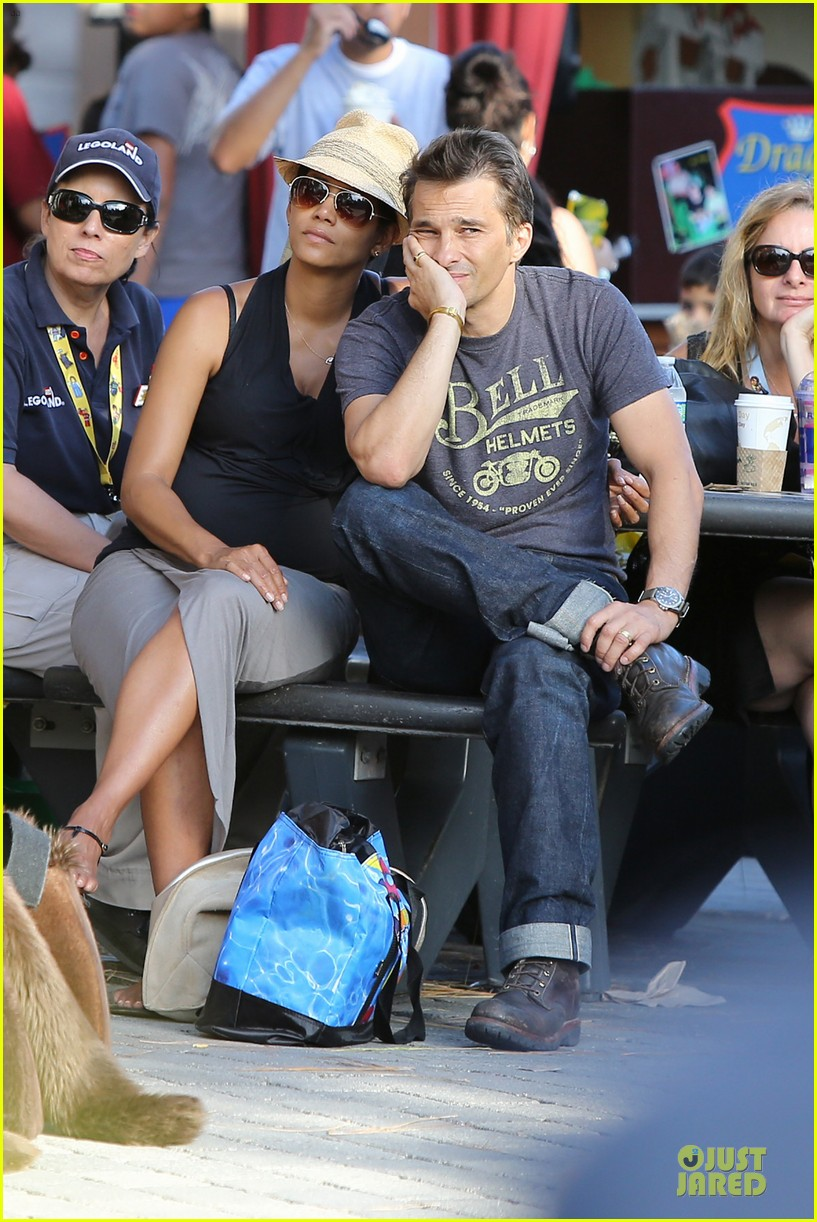 halle berry olivier martinez legoland with nahla 422934166
