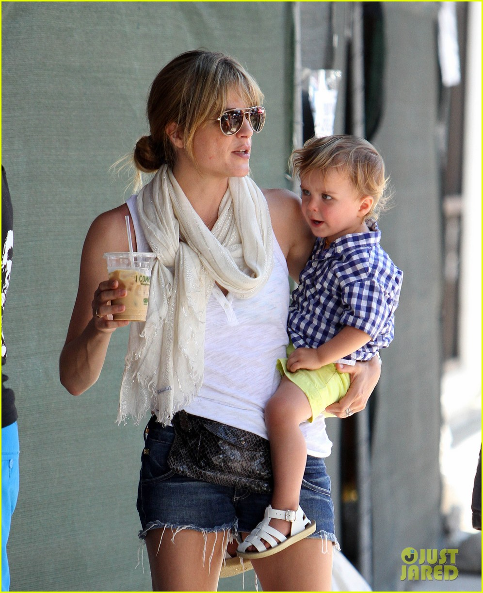 newly blonde selma blair i wish i was a great cook 16