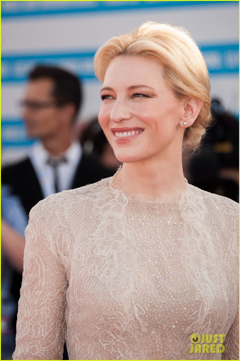 cate blanchett michael douglas deauville opening ceremony 16
